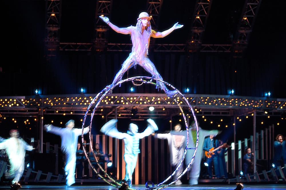 Cirque Dreams at Palace Resorts