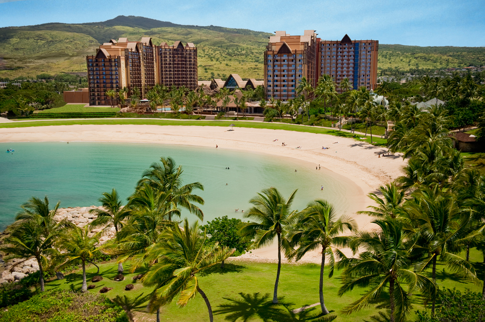 Experience Aulani, a Disney Resort