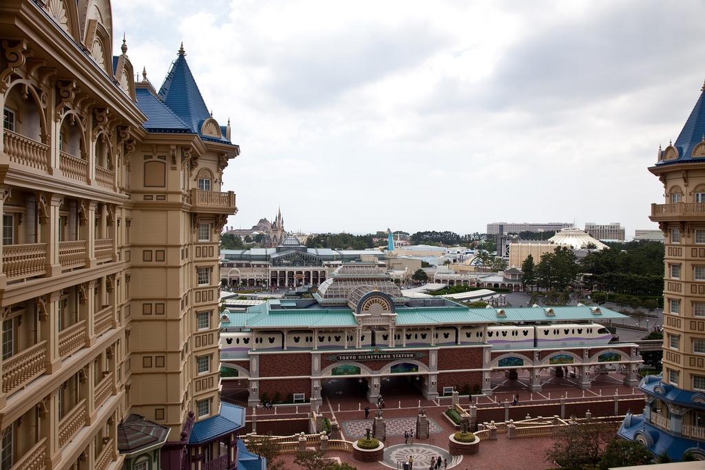Disneyland – An Inside Look