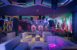 Moon_nightclub