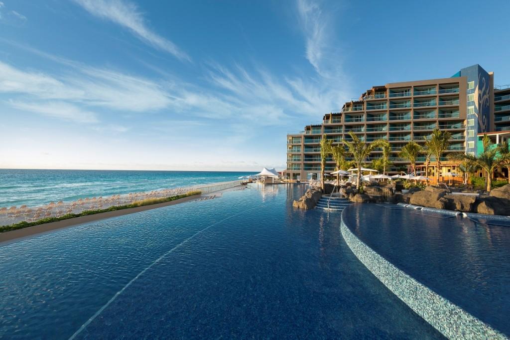 Hard Rock_Cancun_Pool