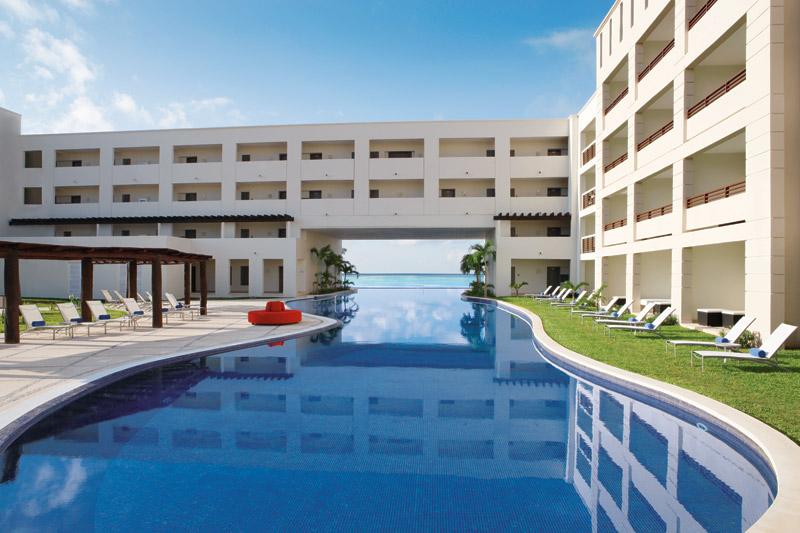 Secrets Silversands Riviera Cancun Pool