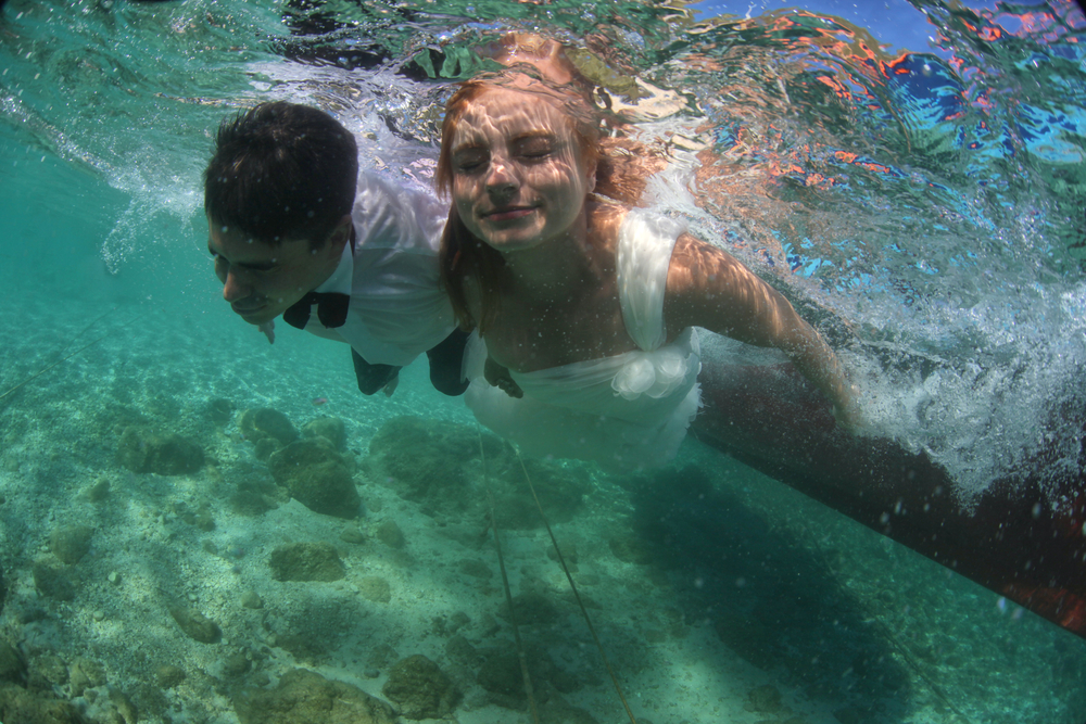 Diving SCUBA wedding themed