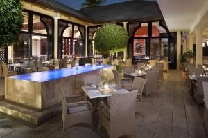 Market Palace Restaurant Melia Caribe Tropical