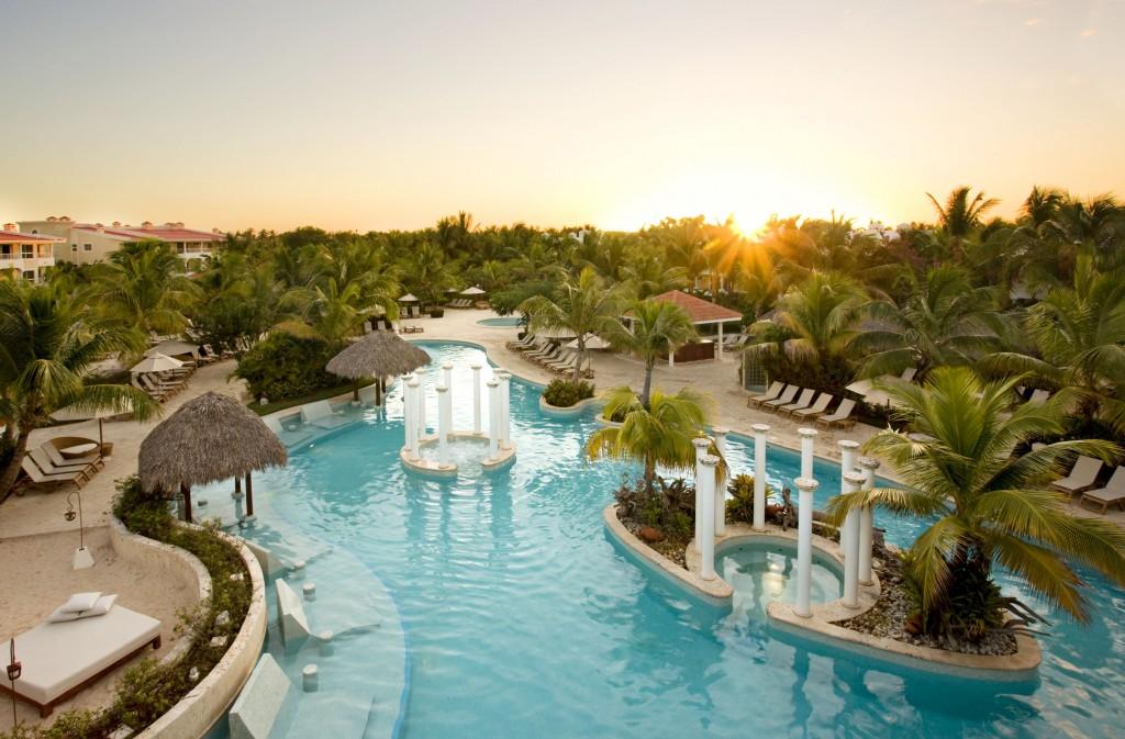 Melia Caribe Tropical Pool
