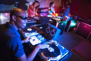 Beaches Resorts Scratch DJ Academy