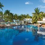 Dreams Sands Cancun pool