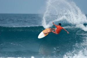 Surfing Riviera Narayrit