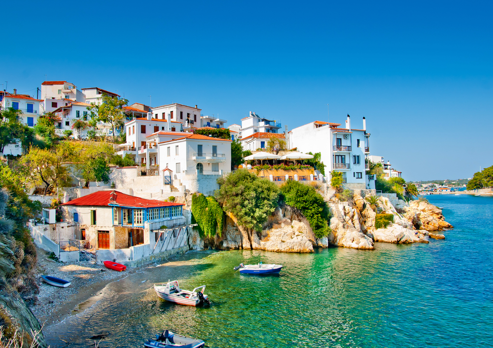 What Every Travel Agent Needs to Know about Greece's Economic Crisis