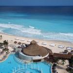 ME Cancun beach