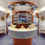Emirates-A380-Onboard-Lounge_tcm272-2361509
