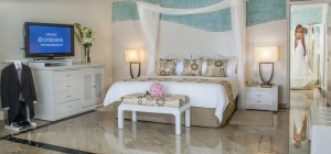 Oasis Honeymoon Decorations