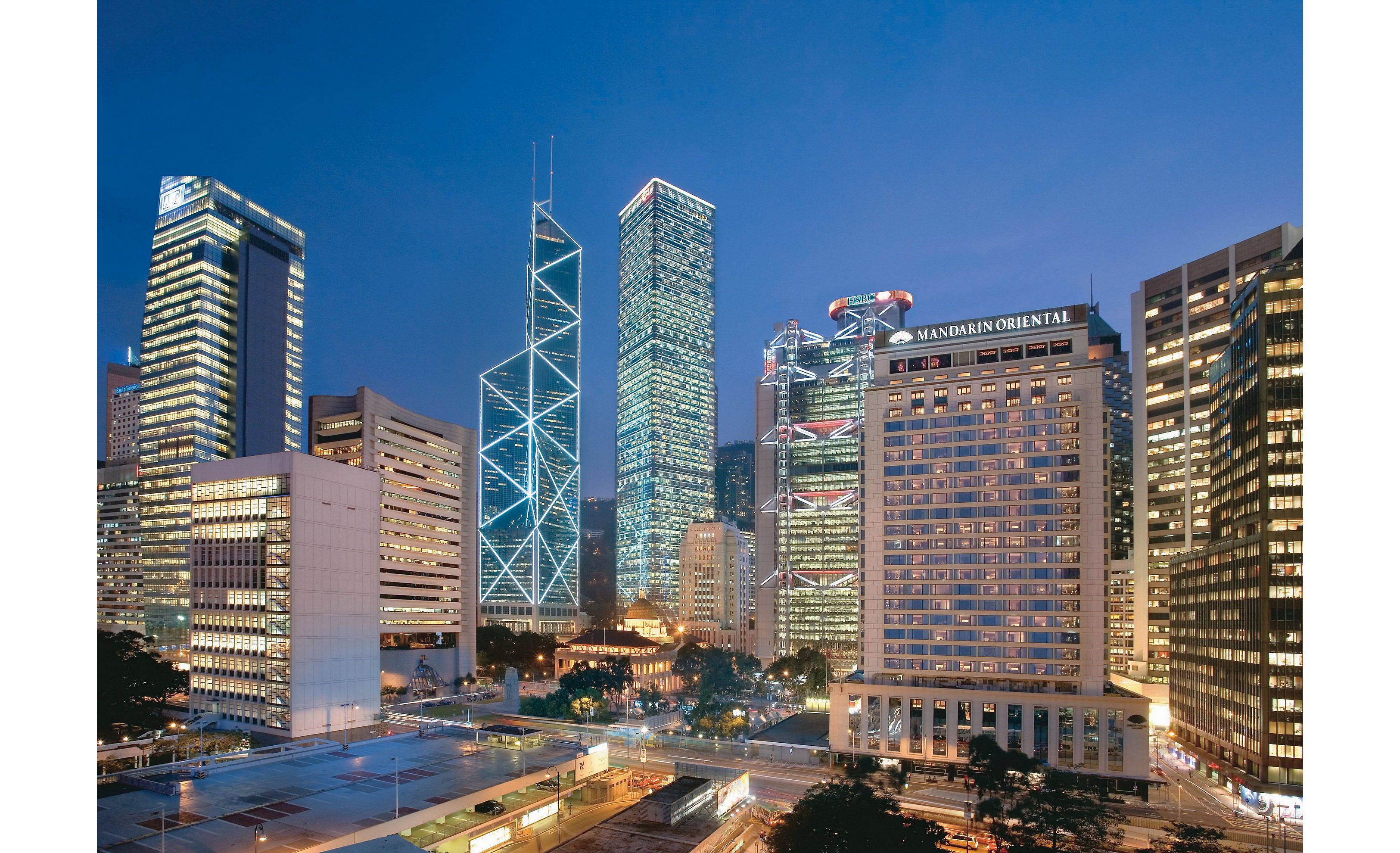 a look at the competitiveness in the hong kong hotel industry The top three competitors of shangri-la hotel are: the hong kong and shanghai hotels ltd which also operates in asia, australia and north america with 24 deluxe hotels, commercial and.