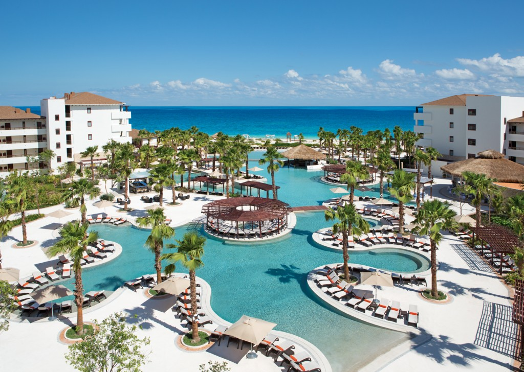 Spotlight On: Secrets Playa Mujeres