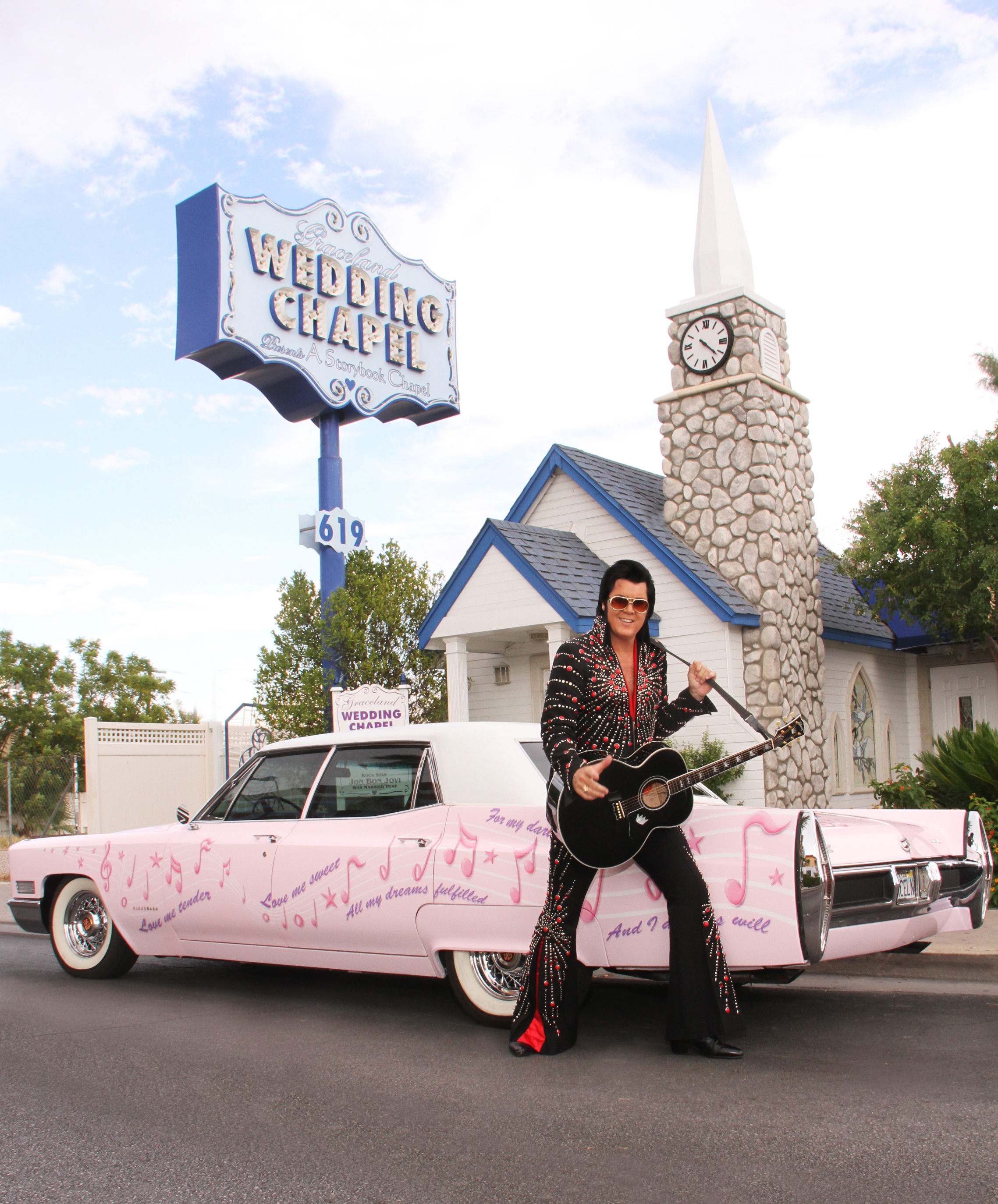 The Wedding Chapel Of Las Vegas: Elvis Is In The Chapel: Getting Married In Vegas With The