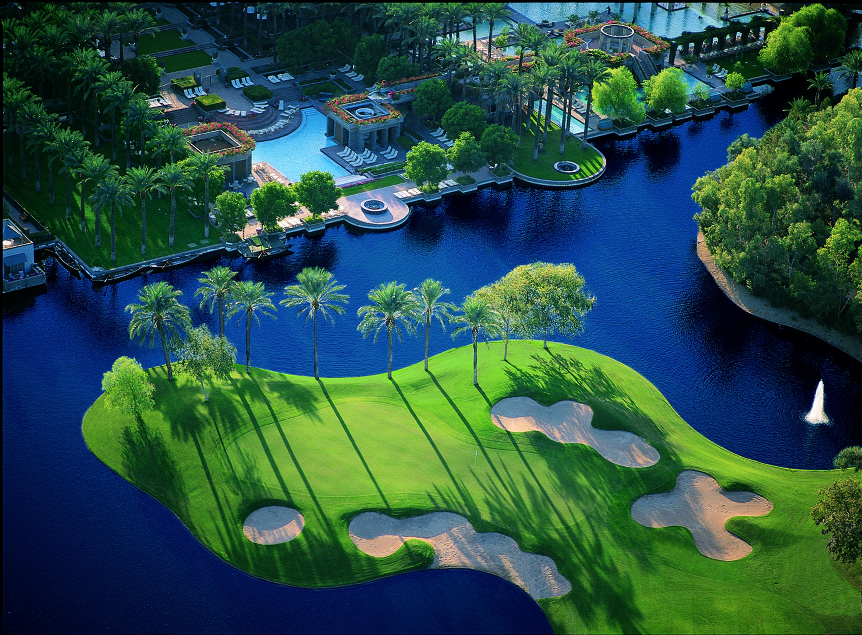 3 Favorite Golf Getaways for the Spring