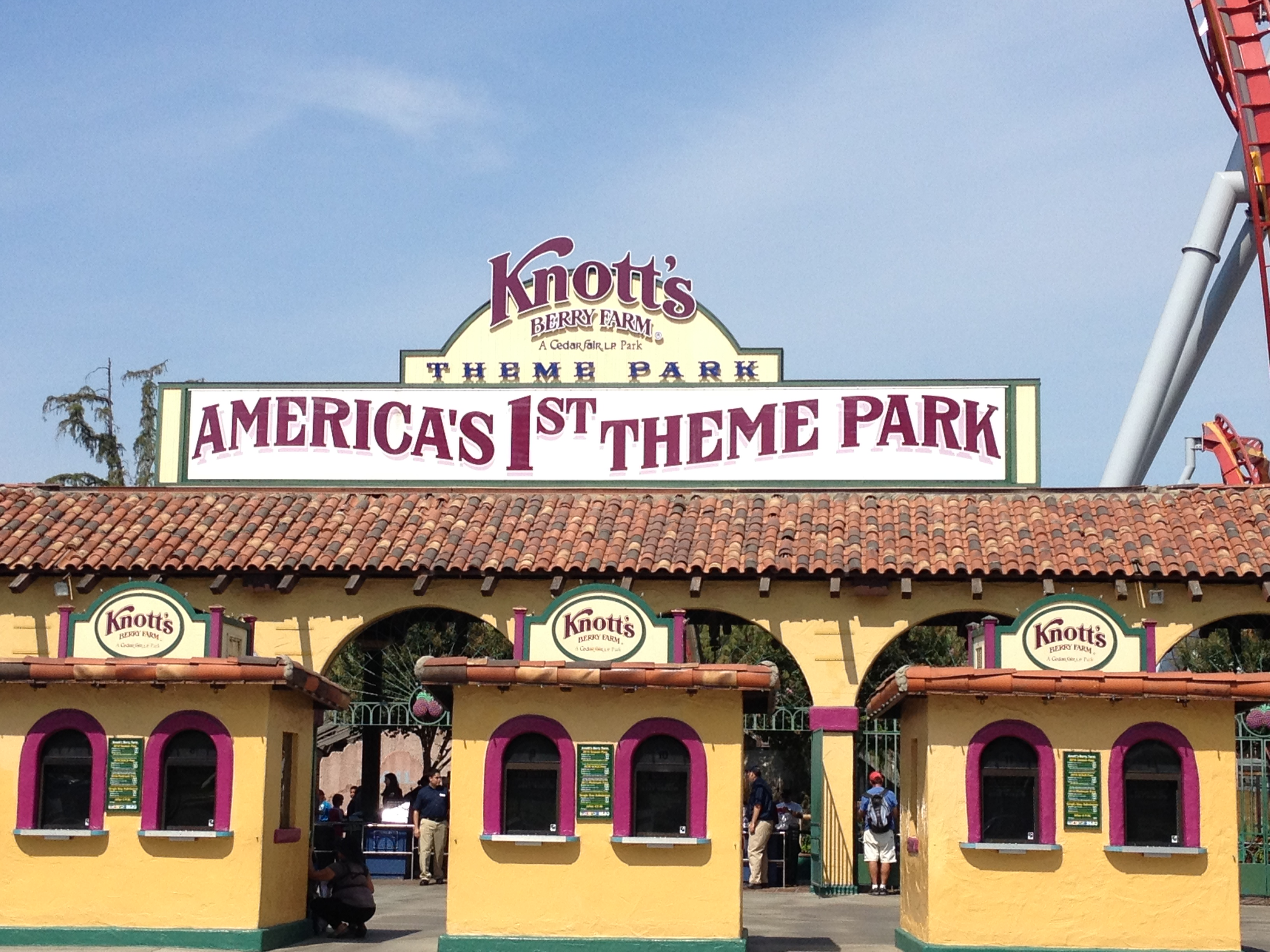 Head to SoCal's Oldest Amusement Park for a Berry Good Time