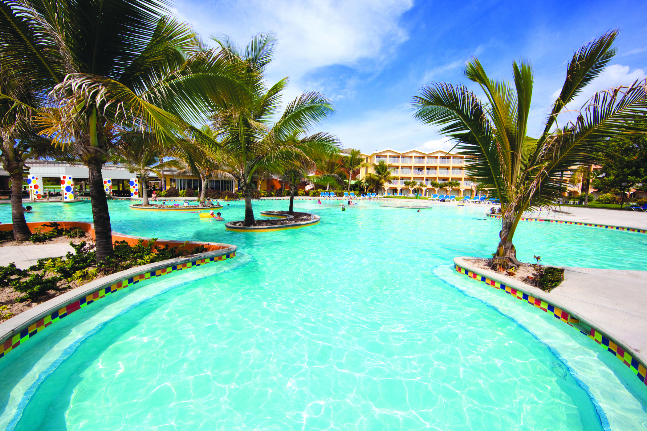 6 Resorts That Can Cure Your Spring Fever Gogo Vacations