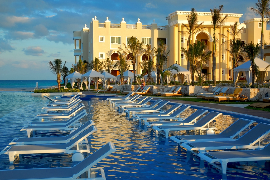 IBEROSTAR Shines in the Caribbean & Mexico