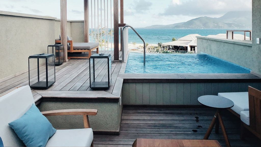 Park-Hyatt-St-Kitts-P146-Social-Influencer-Pool-Lounge.adapt.16x9.1280.720